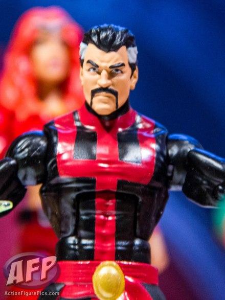 Toy Fair 2015 Hasbro Marvel Legends Hulkbuster Iron Man (15 of 22)