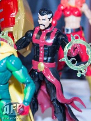 Toy Fair 2015 Hasbro Marvel Legends Hulkbuster Iron Man (17 of 22)