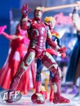 Toy Fair 2015 Hasbro Marvel Legends Thanos (13 of 14)
