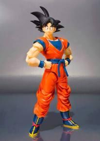SDCC 2015 Bandai SH Figuarts Goku (Frieza Saga) 2