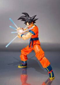 SDCC 2015 Bandai SH Figuarts Goku (Frieza Saga) 4