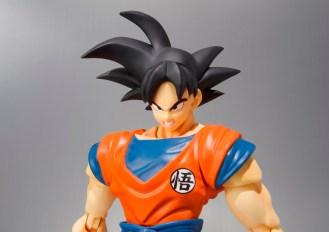 SHF Frieza Saga Goku Exclusive (SDCC) 03