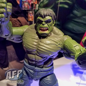 Toy Fair 2017 Marvel Legends 12-Inch Hulk and Thor (5 of 9)