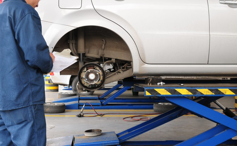 Brake Repair Pad Disc Rotor Replacement Action