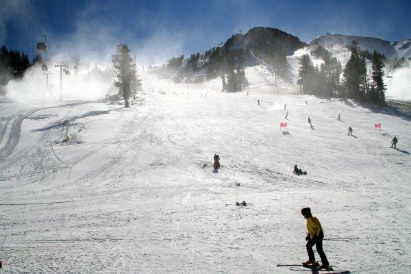 Summer Snowboarding in North America | ActionHub