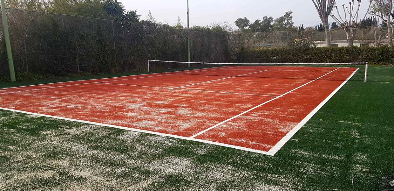 Συνθετικός χλοοτάπητας τένις στο Kontokali Bay Resort & Spa