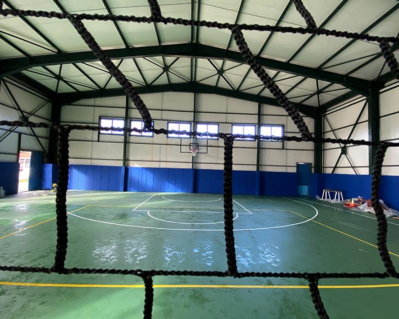 Αθλητικό δάπεδο και αθλητικός εξοπλισμός στον Δήμο Σερβίων – Βελβεντού