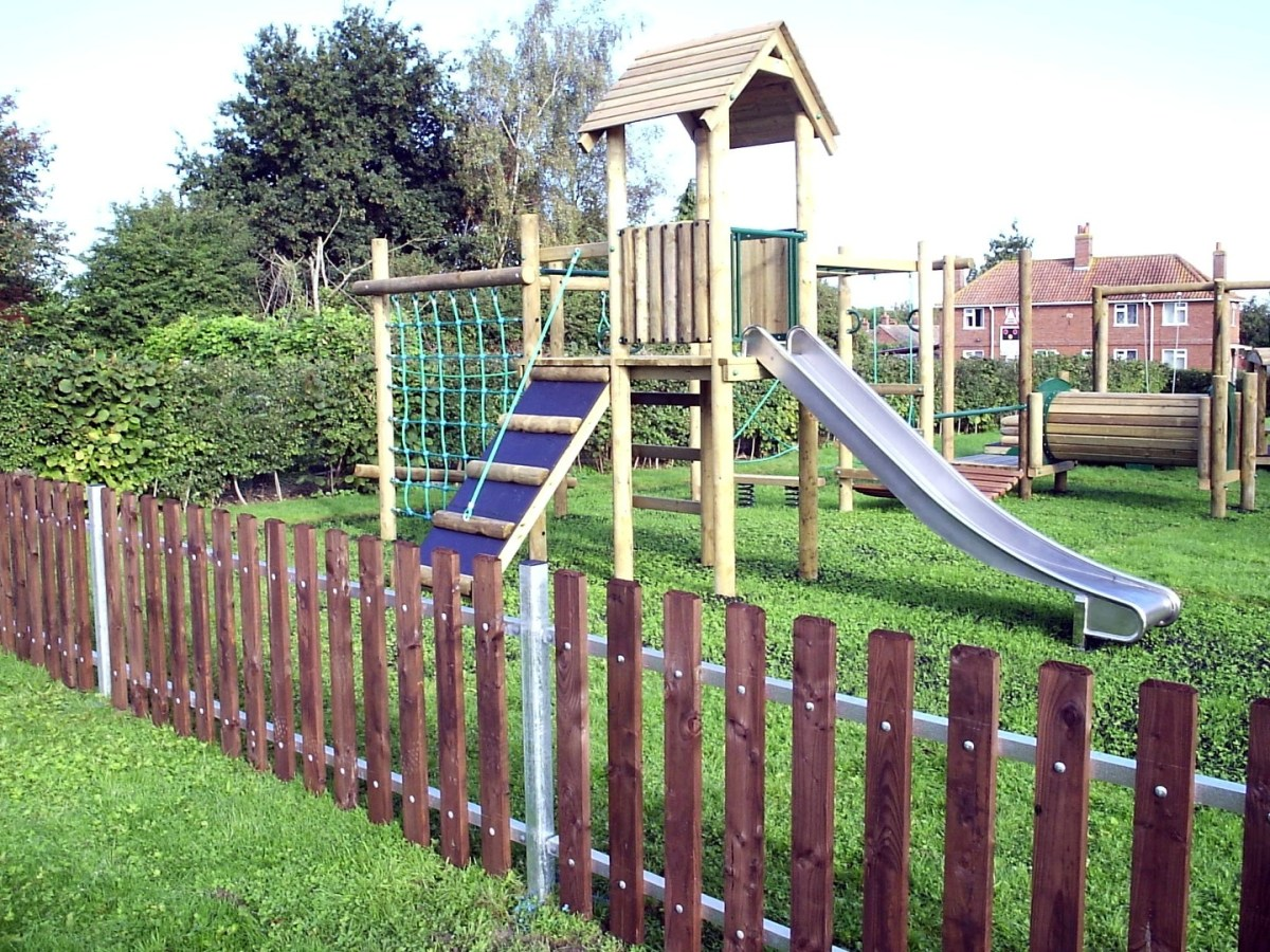 Timber and steel brooke playground fencing