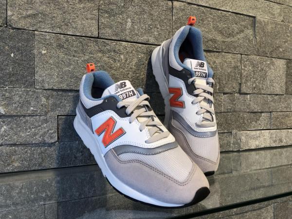 Adidasi New Balance CM997HAG