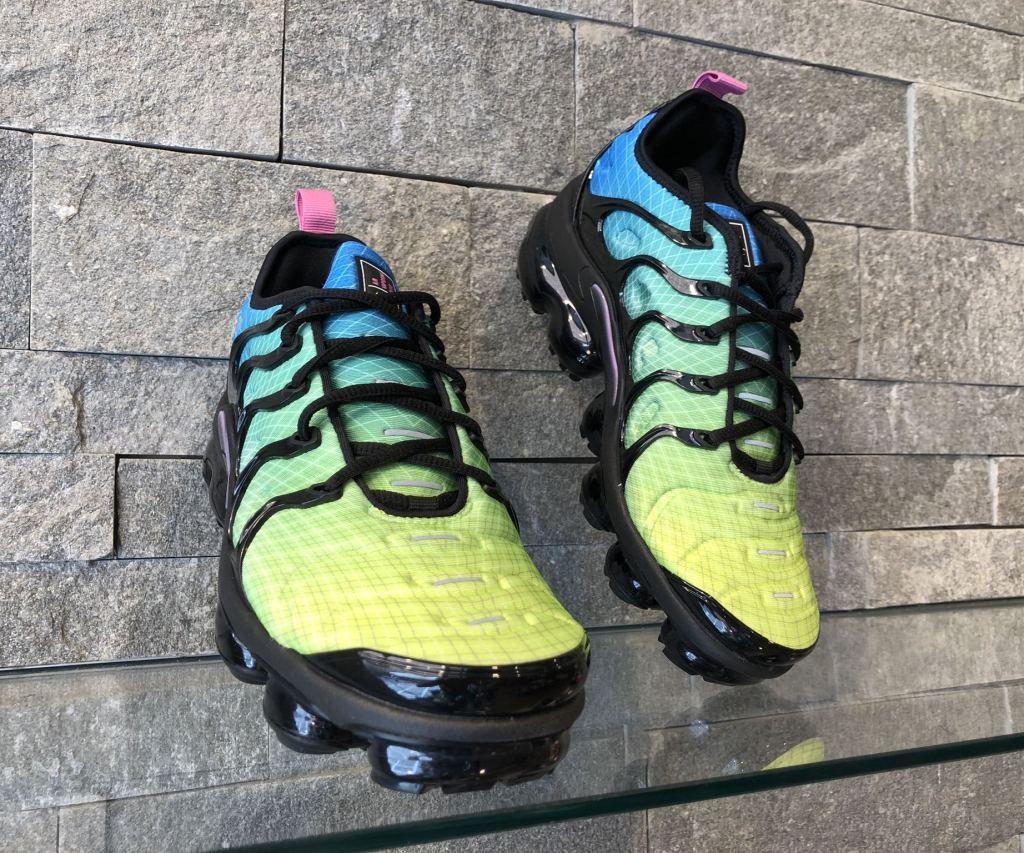 Adidasi Nike Air Max Vapormax Plus Multicolor 924453-302