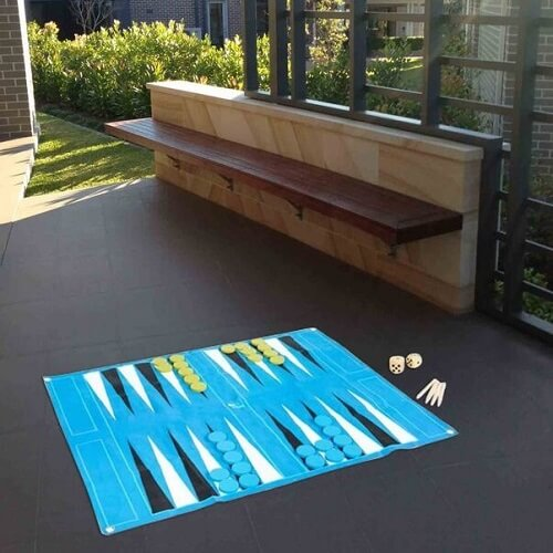 Giant backgammon game