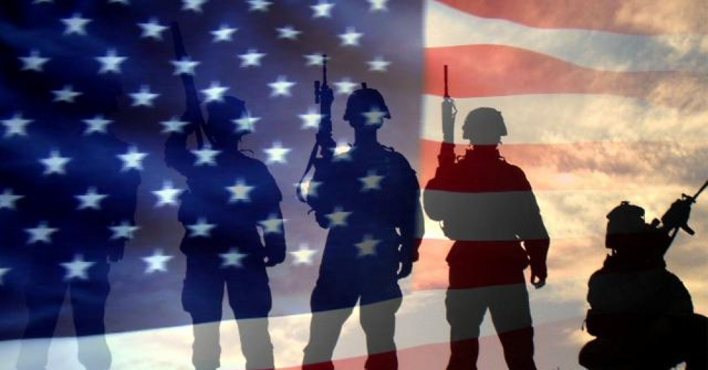 cropped-us-flag-and-soldiers