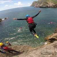 coasteering sesimbra and lisbon