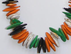 Pumpkin seed necklace - Edward's Garden Center