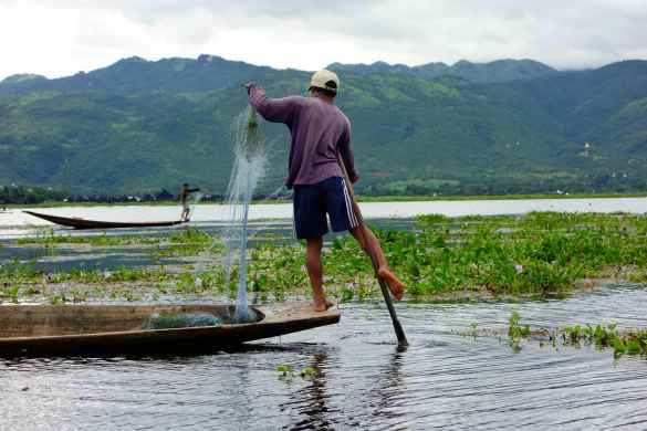 One legged fisherman Inle Lake