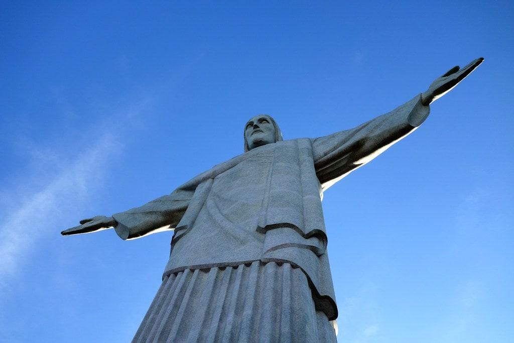 Christ de redeemer statue