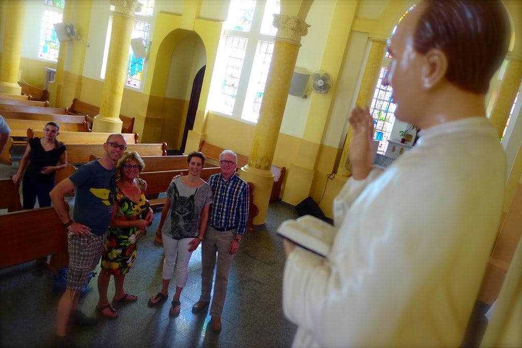 Family in church Patrocinio