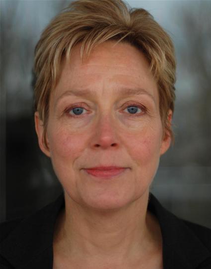 Kate Spire - Headshot