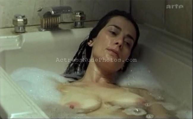 Hiam Abbas nude topless big boobs xxx images