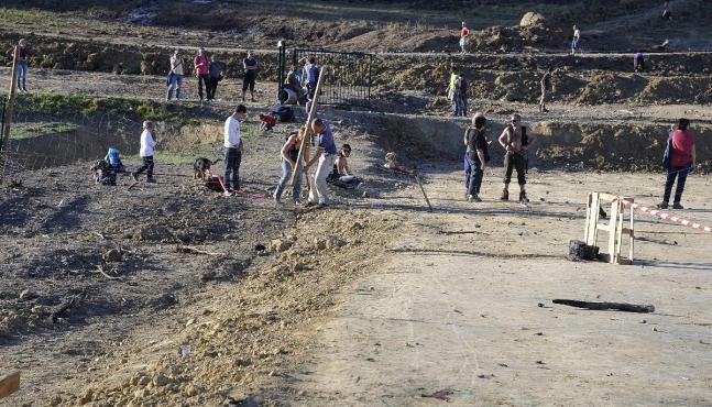 Barrage de Sivens: les élus suspendent le chantier