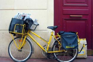 Emploi : 3 000 nouveaux facteurs en France cette année