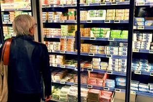 La confiance des consommateurs français reste stable