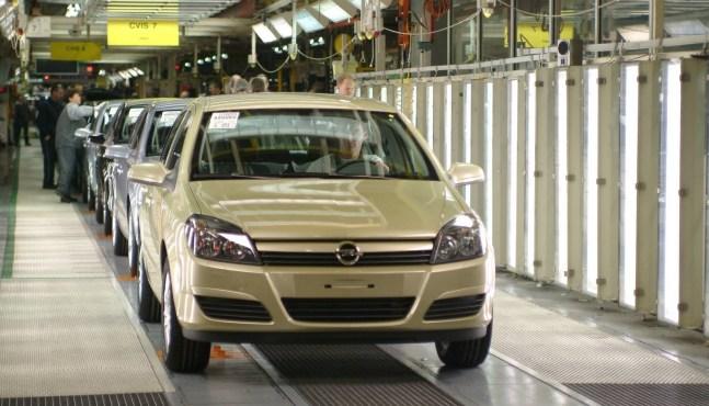 PSA : les suppressions de postes aident Opel-Vauxhall à renouer avec la rentabilité