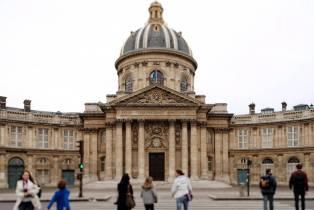 Les versions féminines de noms de métier obtiennent le feu vert de l'Académie française