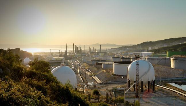 Total prêt à ouvrir son usine française de production de biodiesel à base d'huile de palme