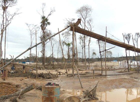 mineria informal_madre de dios_ecoamazonia