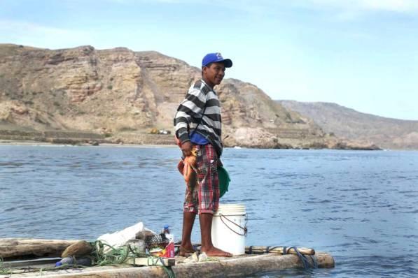 Antes los pescadores regresaban con baldes llenos de peces y otras especies, ahora esto ha cambiado debido a la gran depredación generada por embarcaciones de mayor tamaño.