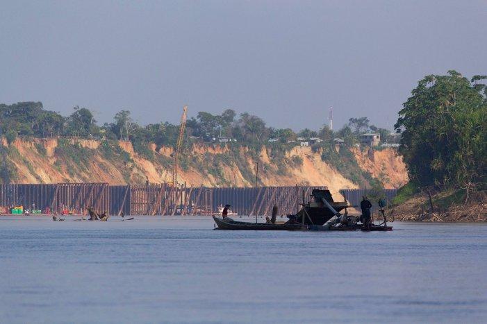 Minería ilegal_dragas_río Madre de Dios 11