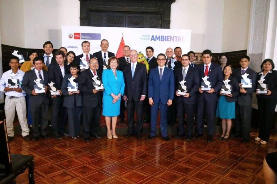 ganadores-del-premio-nacional-ambiental-iqt