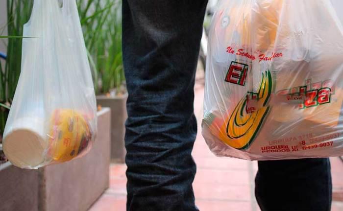 2f6ea3251 Ya son 6 los proyectos de ley que buscan reducir el uso de bolsas de  plástico - SPDA Actualidad Ambiental : SPDA Actualidad Ambiental
