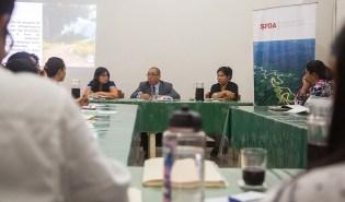 Cada participante expuso su perspectiva del tema: carreteras en la Amazonía peruana.
