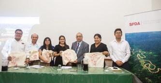 """Clausura del curso """"Fortalecimiento de funcionarios del Gobierno Regional de Loreto en cuestiones ambientales""""."""