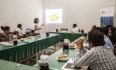 Annie Escobedo (CSF) evaluó las variables ambiental, social y económica de proyectos de carreteras en Amazonía.