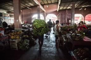 8.- A sus mercados llegan productos de todo el departamento y del resto del país. Esa es otra de las razones con las que se justifica la construcción de la carretera Bellavista-Mazán-Salvador-El Estrecho.