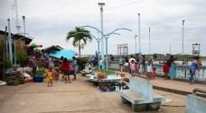 Pese a ser una ciudad pequeña, la actividad en el mercado de Mazán es constante.