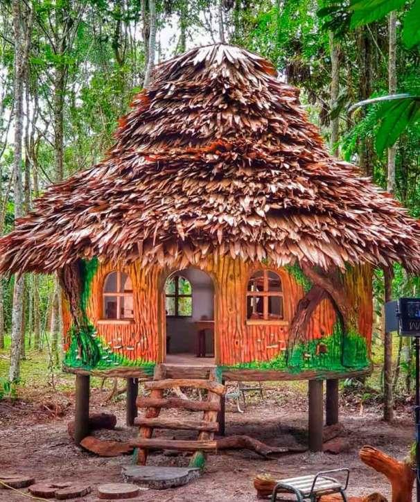 La casita de Huayo, que funciona también como set de grabación para los ecocuentos del querido personaje. Foto: Amazon Forever Biopark