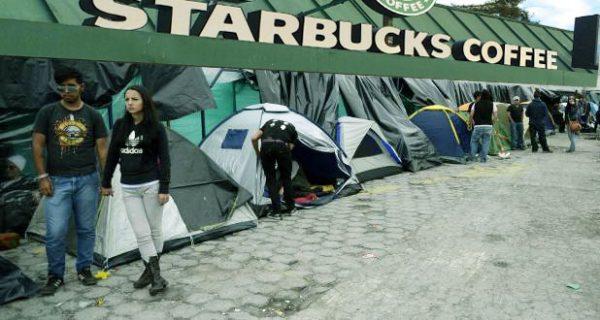 FilaStarbucks