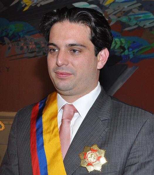 Ante la imposibilidad de darle un puesto de responsabilidad a Simón Gaviria, el gobierno creará el  Ministerio de la juventud.