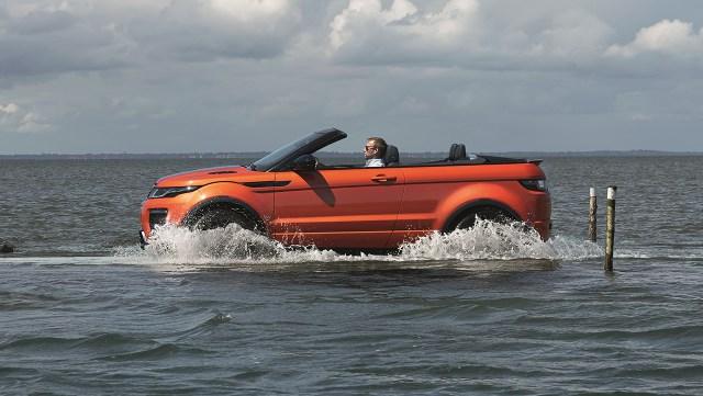 08237570-photo-salon-los-angeles-2015-range-rover-evoque-cabriolet