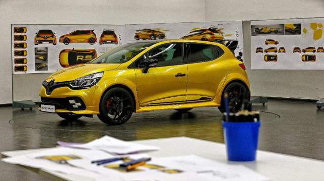 design-rs-16-renault-sport