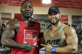 Anthony-Johnson-dans-son-gym-prépare-son-retour