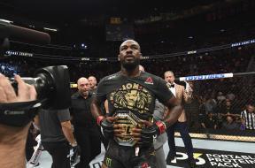 Jon-Jones-ceinture-UFC