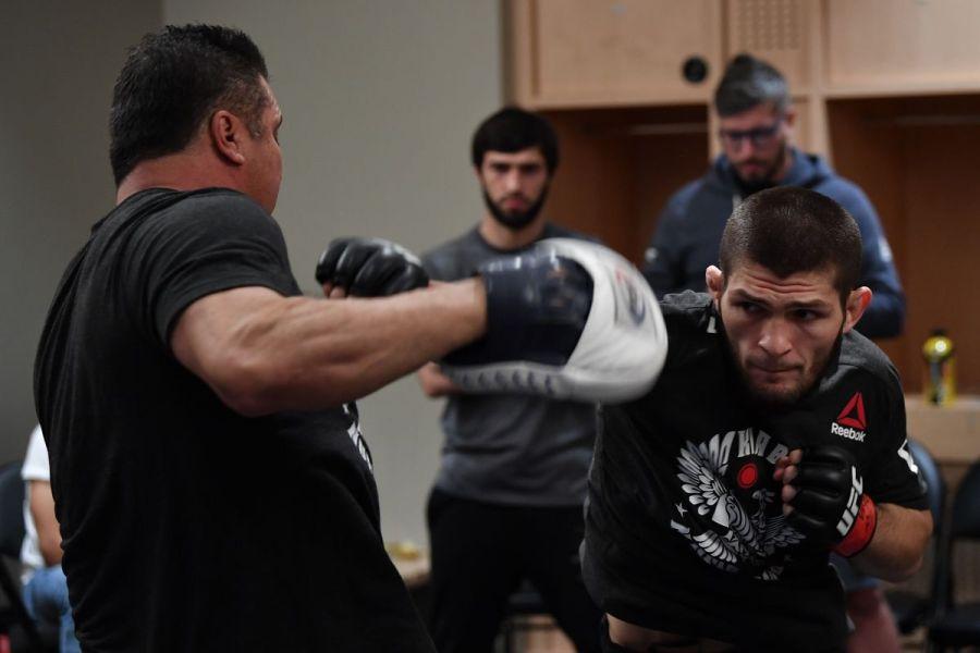 Khabib Nurmagomedov ne s'entrainera pas aux USA pour l'UFC 254