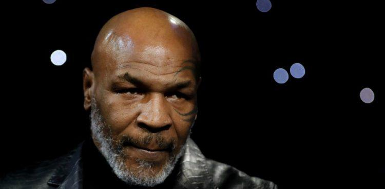 Mike Tyson va cherche le KO