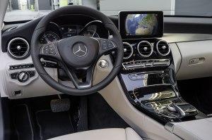 Mercedes-Benz-C-Class-2014-13C1152_52