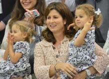 Mirka et les jumelles Charlene et Myla